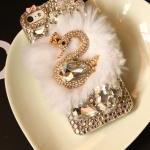 3d Bling Swan Fur Iphone 4..