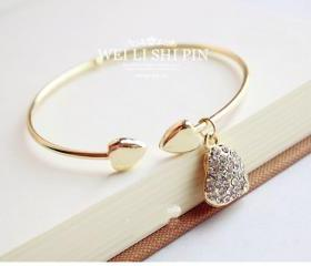 South Korea stylish Golden Bracelet bling heart shaped charm