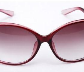 Fashion designer eyewear sunglasses for women
